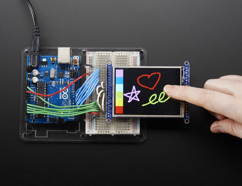 adafruit_products_Touchscreentop_hand_01_ORIG.jpg