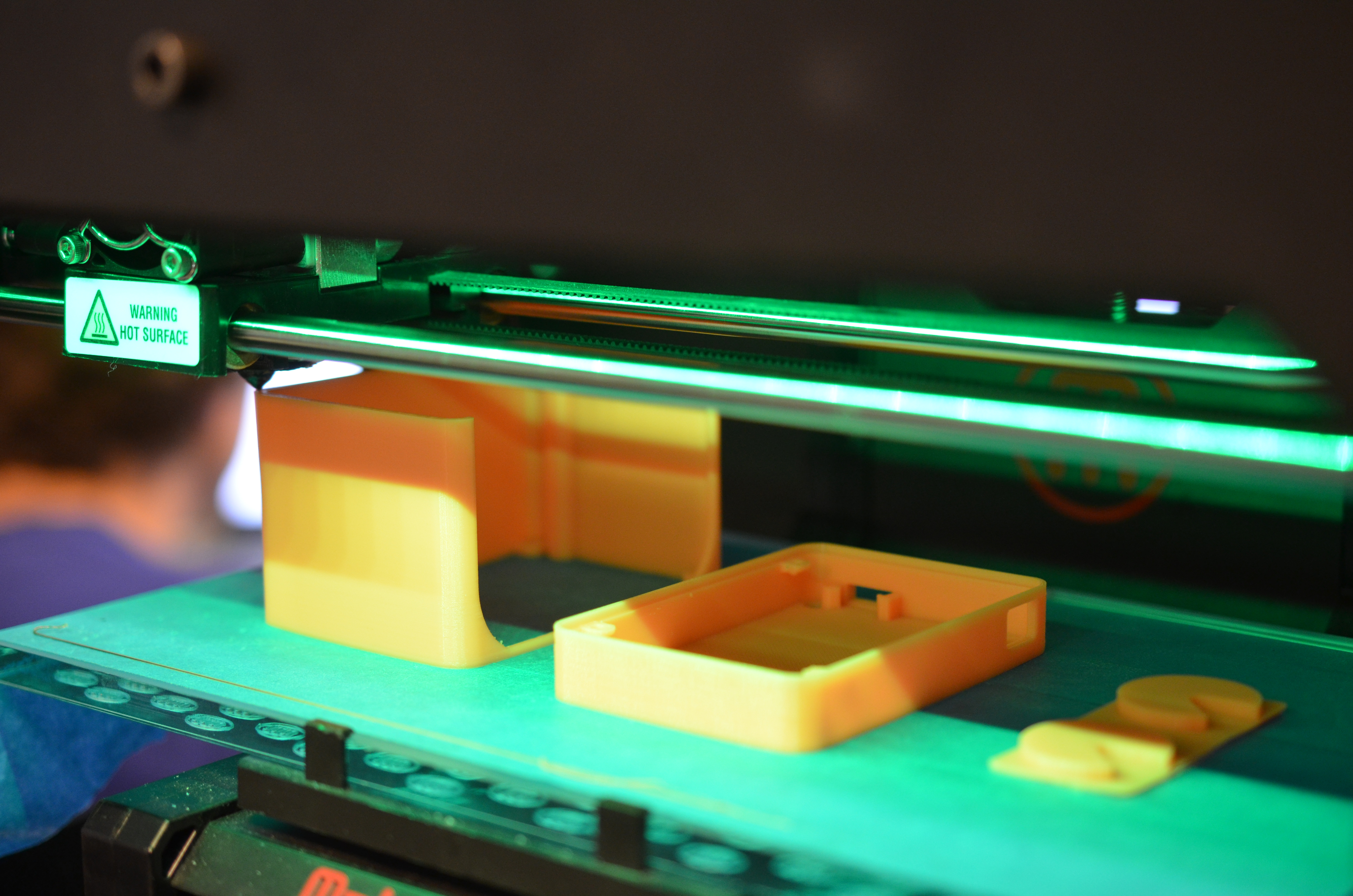 leds_uv-manicure-lamp-printing-parts.jpg