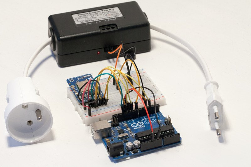 Hardware configuration wireless power switch with