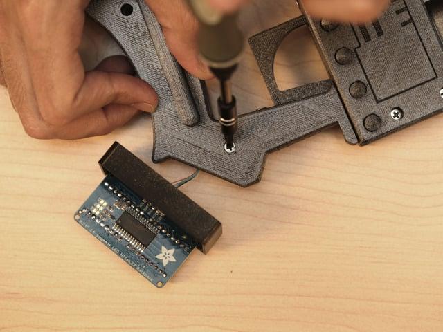 proximity_top-handle-screw.jpg