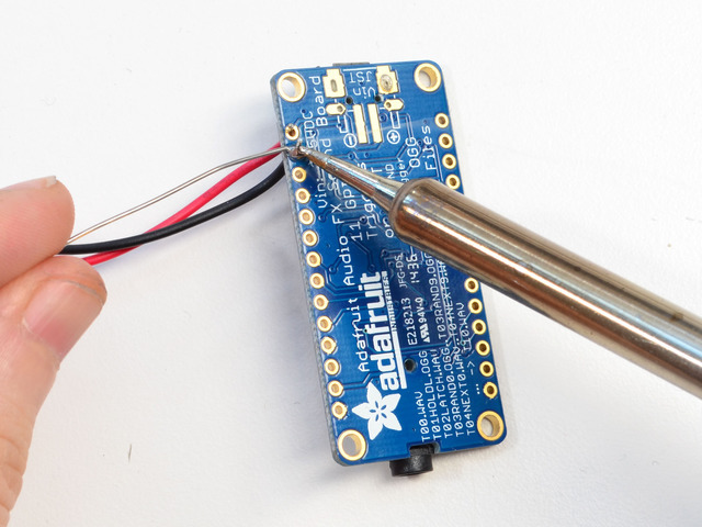 adafruit_products_battsolder1.jpg