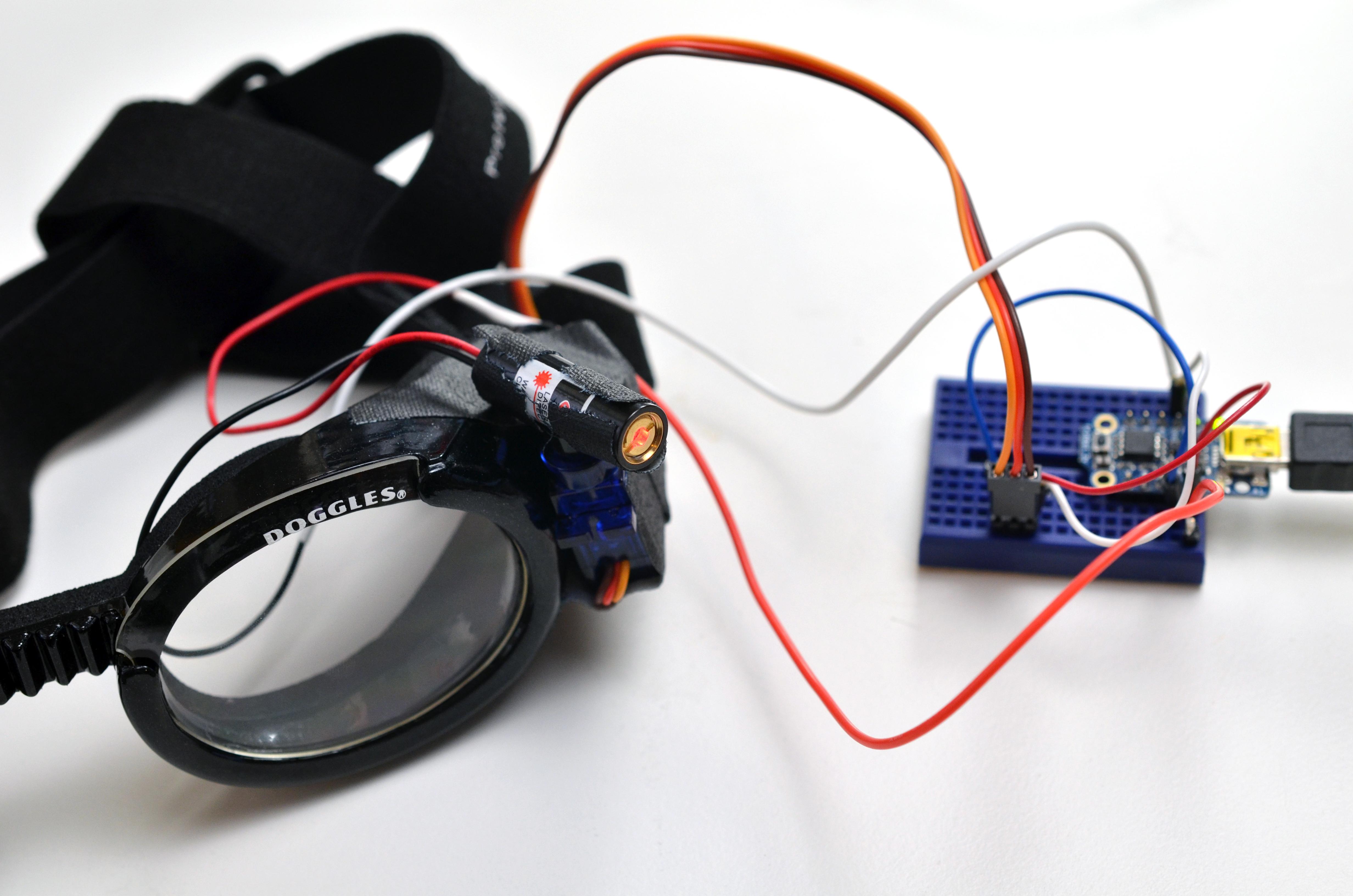trinket_laser-dog-goggles-03.jpg