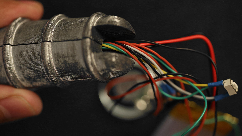 3d_printing_handle-wires.jpg