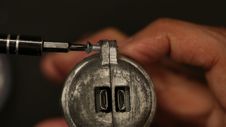 3d_printing_handle-btm-screw-2.jpg