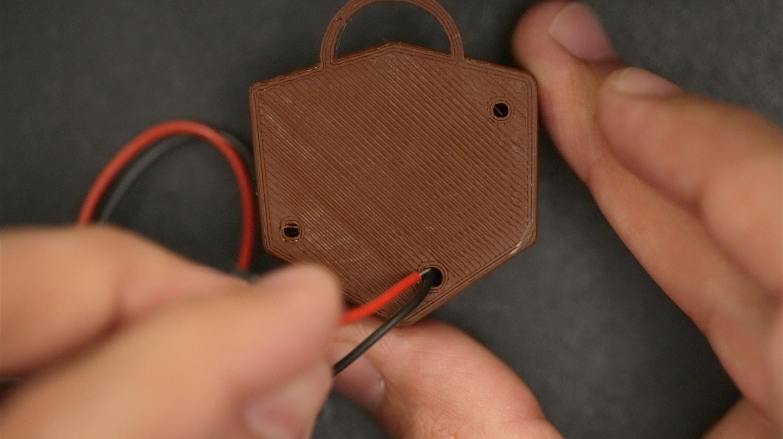 components_piezo-wire-thread.jpg