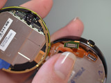 microcomputers_moto-360-teardown-adafruit-12.jpg