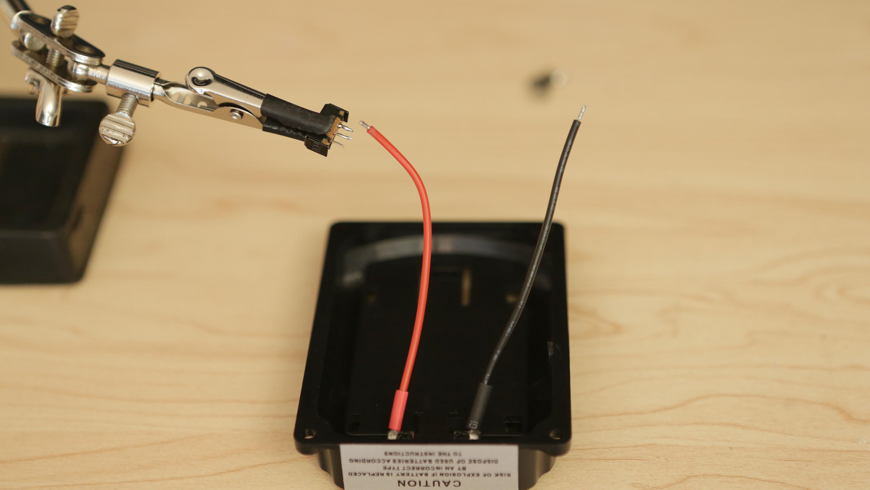 gaming_slide-switch-battery-holder.jpg