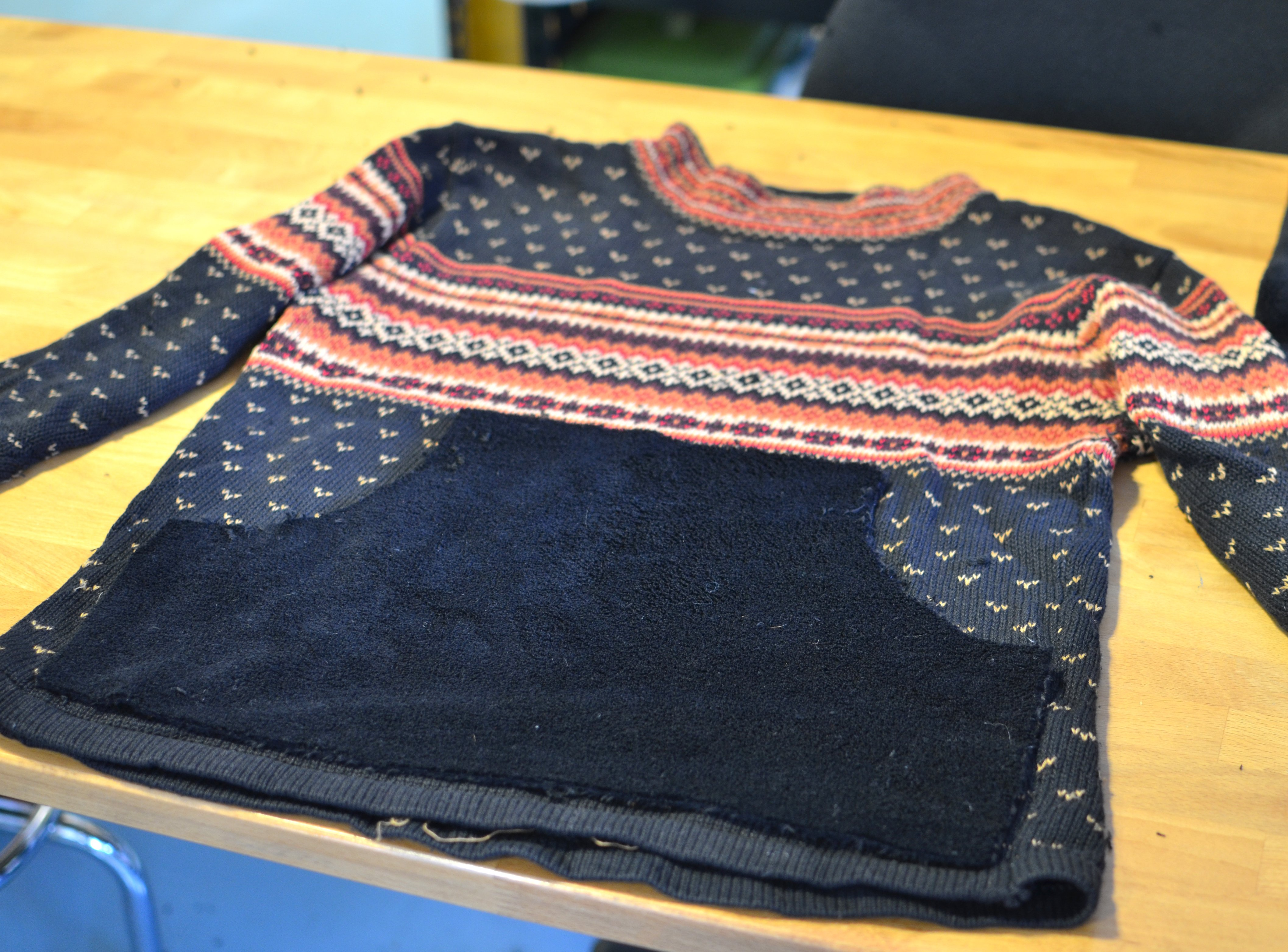 adafruit_products_lous-xmas-sweater-mod-04.jpg