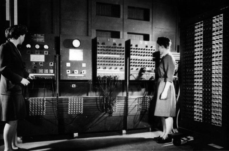 raspberry_pi_800px-Two_women_operating_ENIAC_(full_resolution).jpg