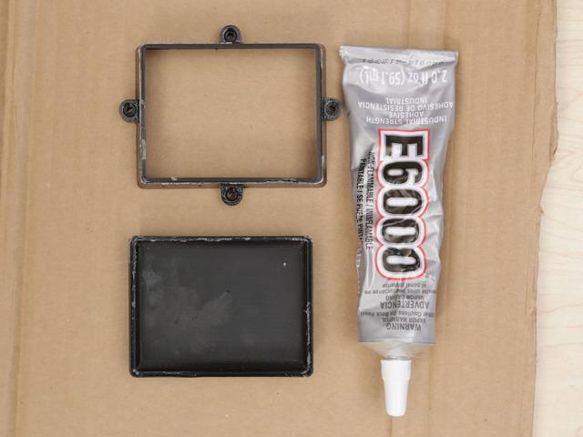 gaming_batbox-glue1.jpg