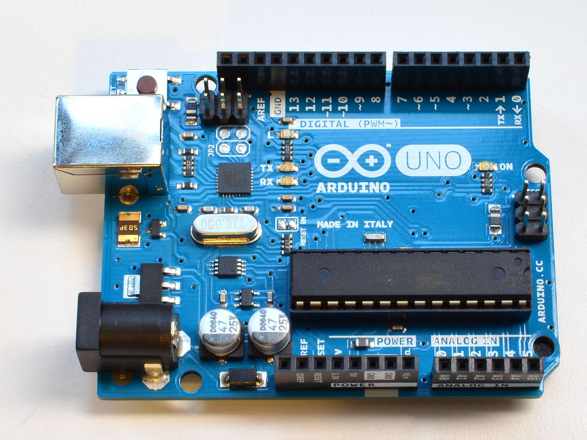 learn_arduino_arduino.jpg