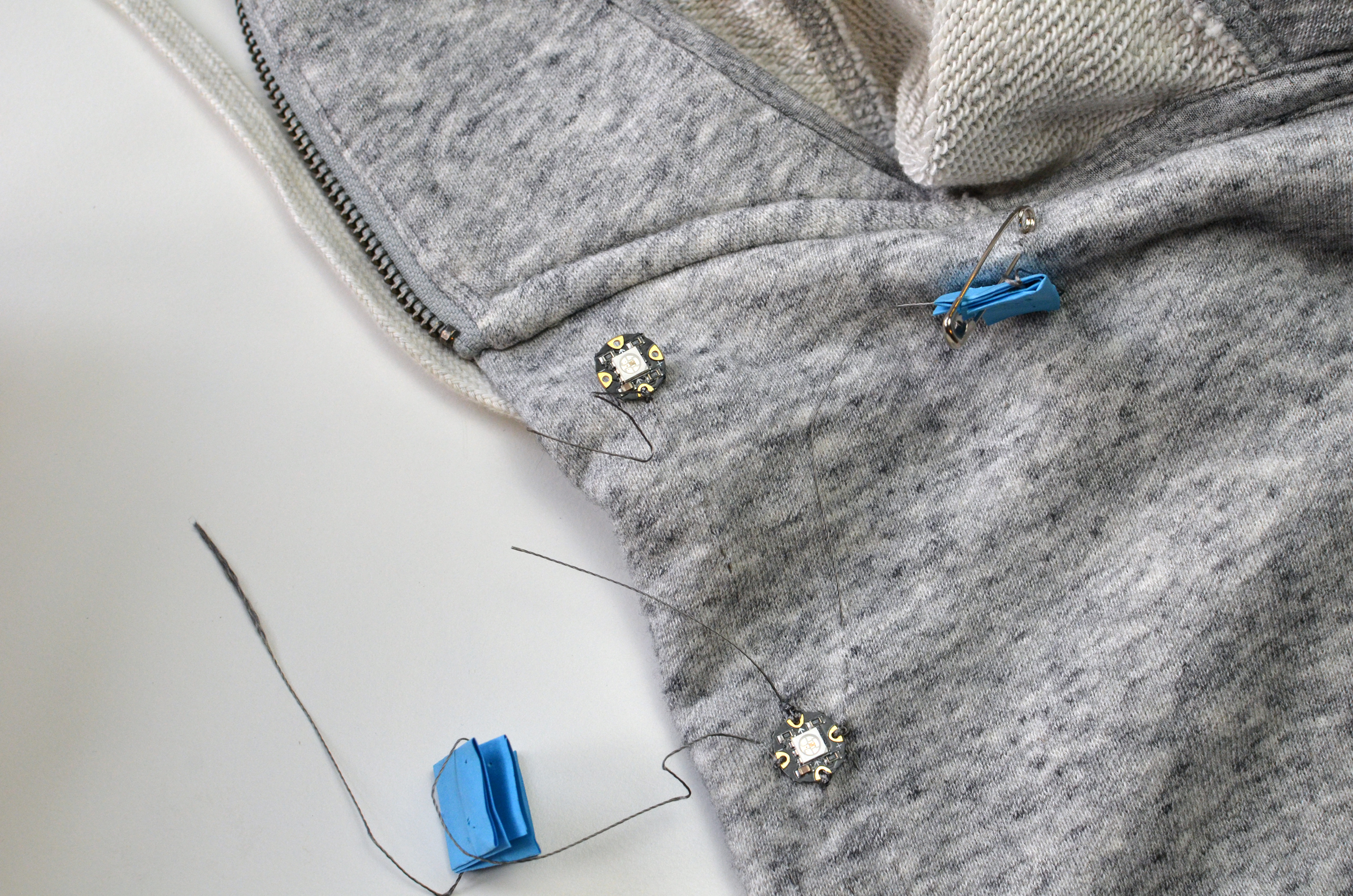 sensors_textile-potentiometer-hoodie-04.jpg