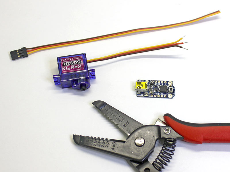 microcontrollers_Servo-Clip.jpg