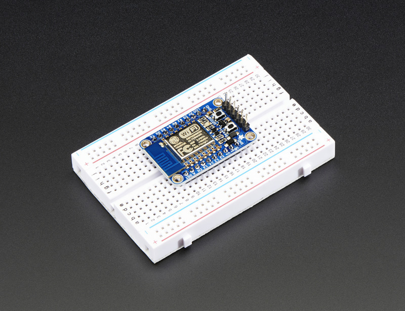 adafruit_products_2471_iso_breadboard_demo_ORIG.jpg