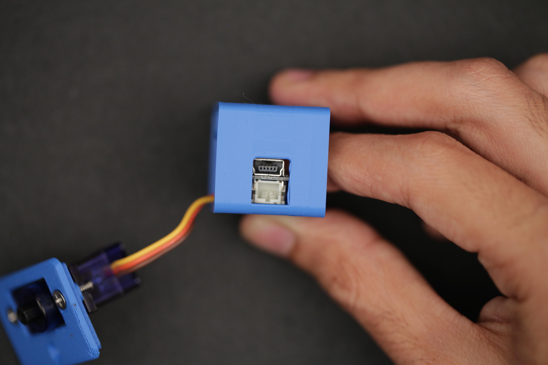 microcontrollers_box_trinket_1.jpg