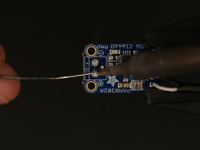 raspberry_pi_amp_tin_speaker_pins.jpg