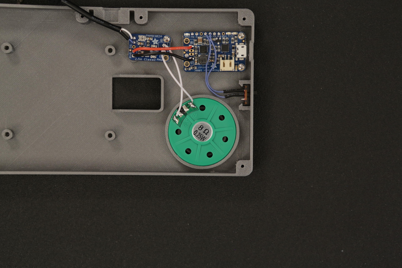 raspberry_pi_speaker_insert.jpg