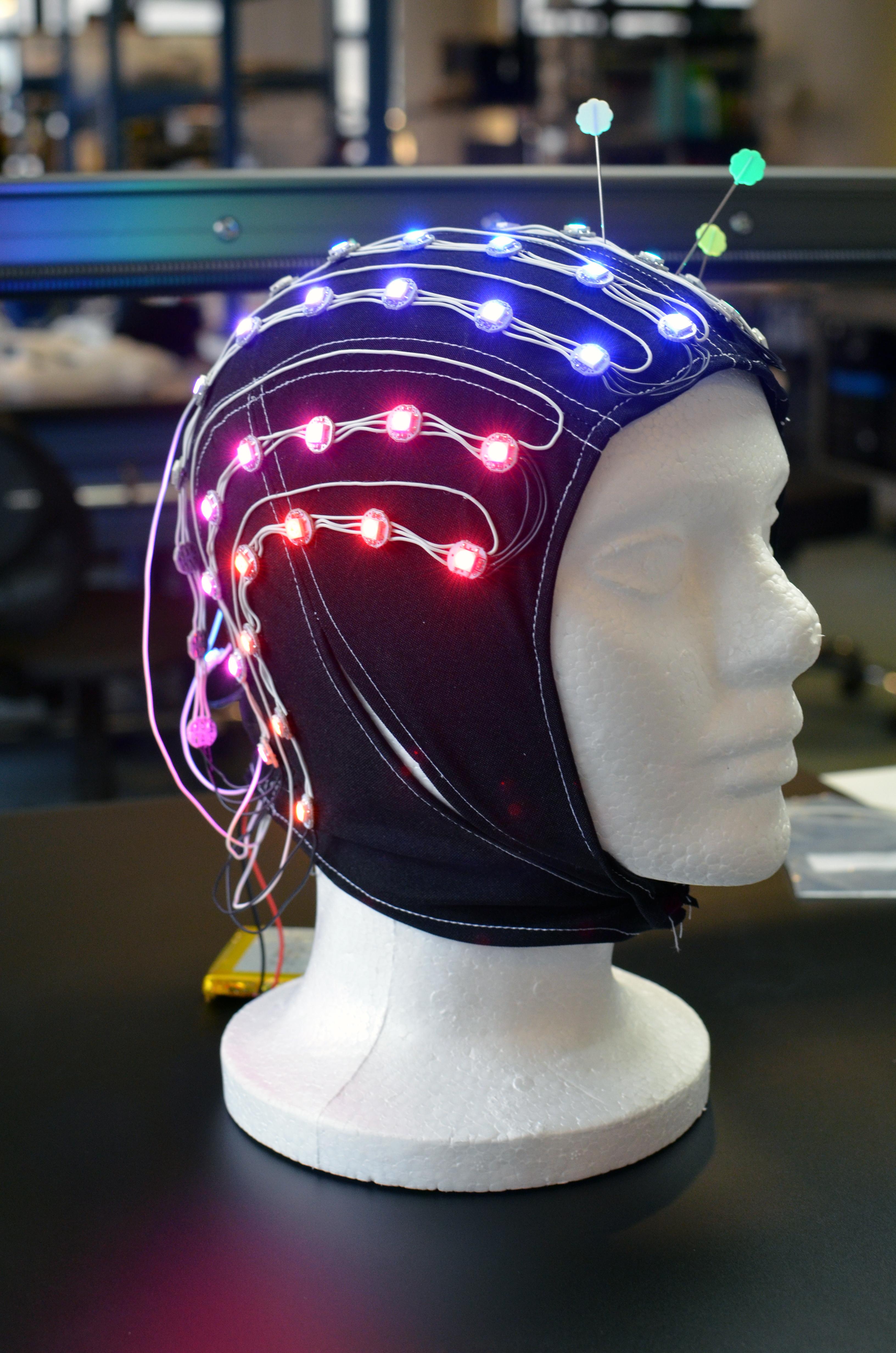 led_pixels_brain-cap-12.jpg