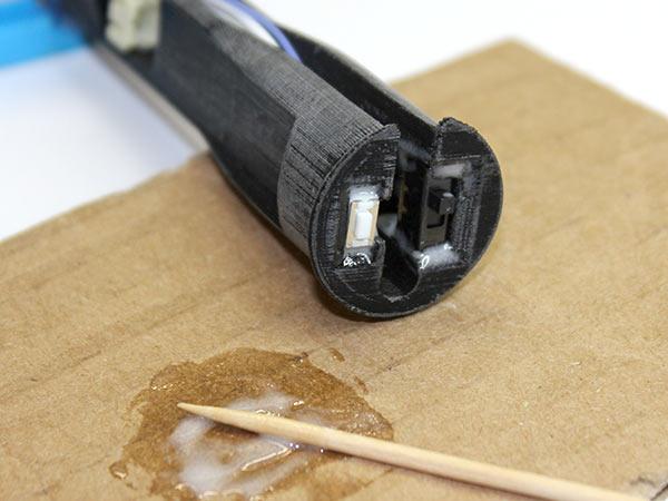 led_strips_glue-controls.jpg
