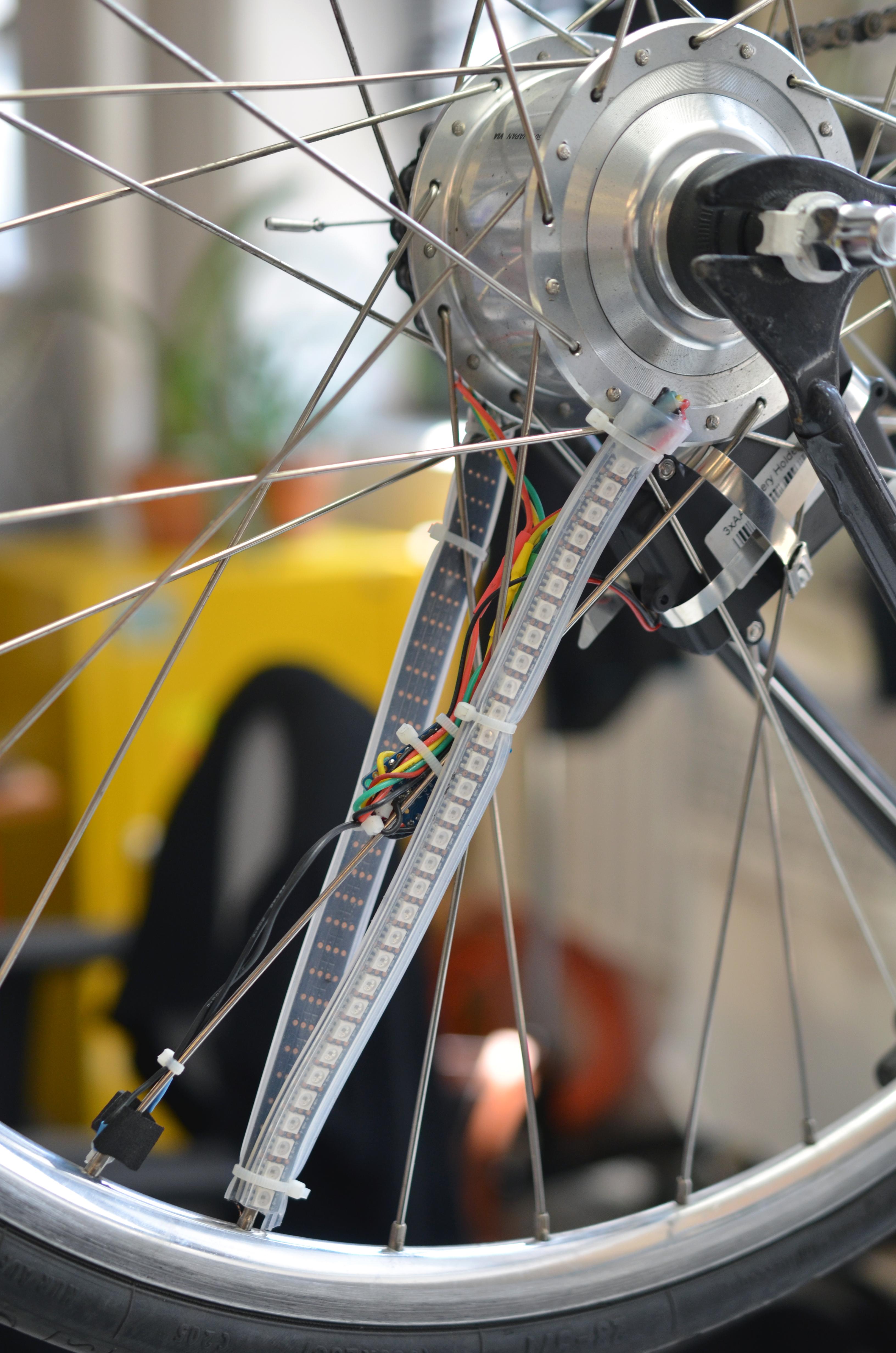 projects_pov-bike-wheel-adafruit-circuit-on-wheel.jpg