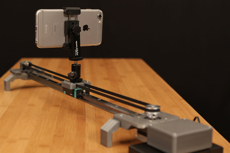 Motorized camera slider about camera Motorized video slider