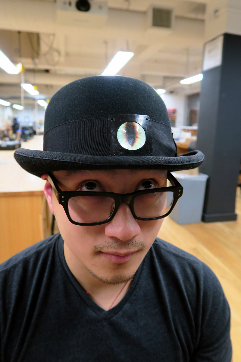 light_eyeball-bowler-hat-00.jpg