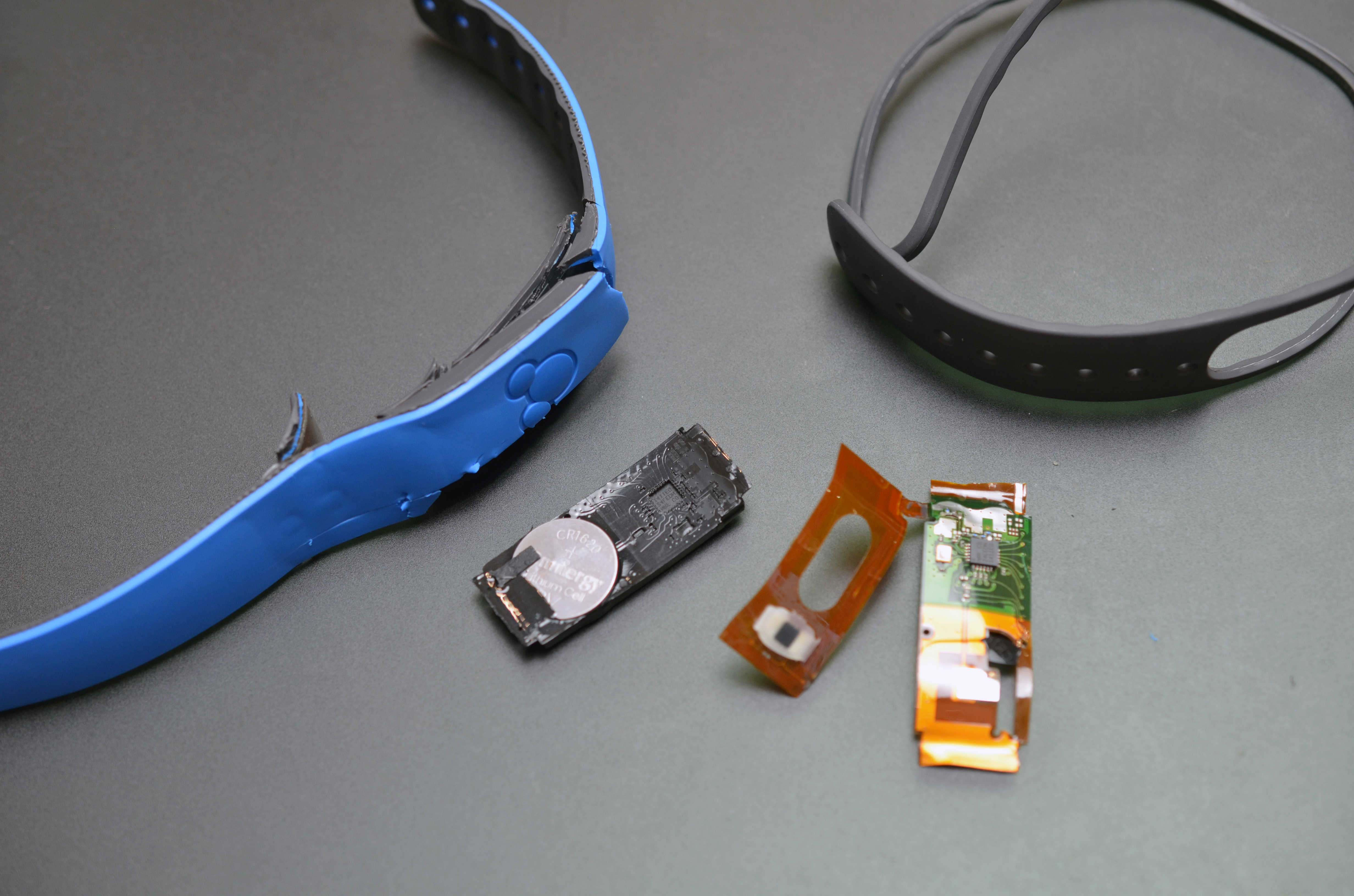 rfid___nfc_magic-band-01.jpg