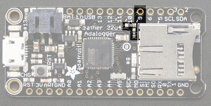 adafruit_products_vbatmeas.jpg