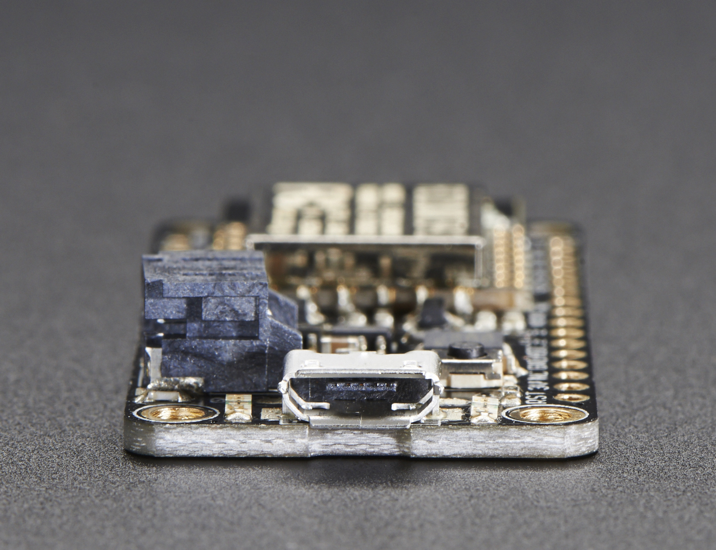 adafruit_products_2821_side_01_ORIG.jpg