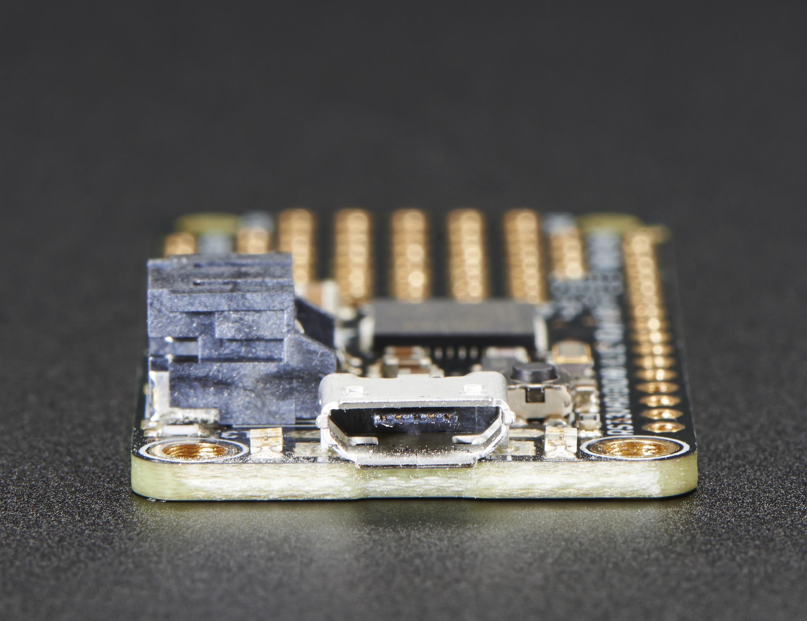 adafruit_products_2772_side_02_ORIG.jpg