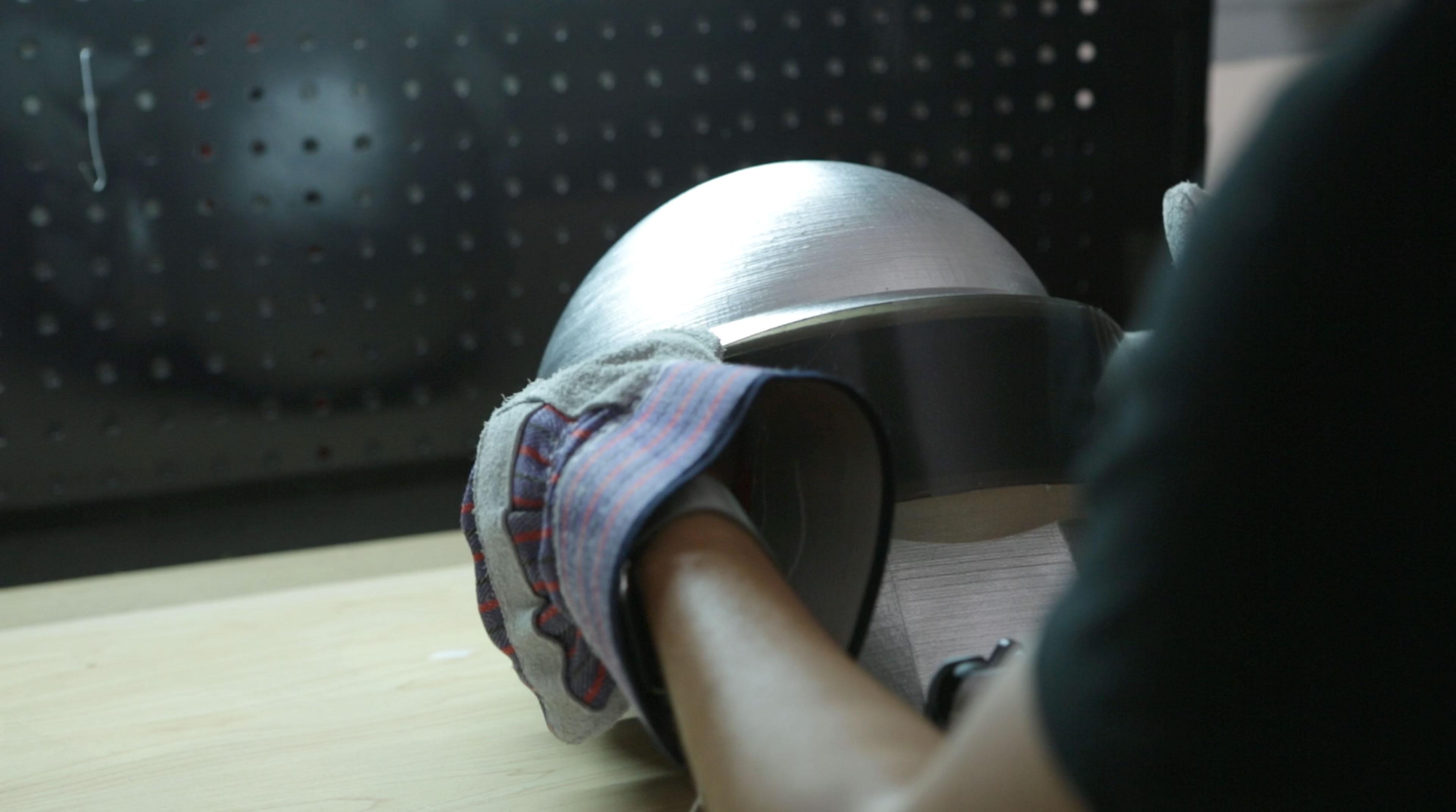 leds_vidor-bend-to-helmet.jpg