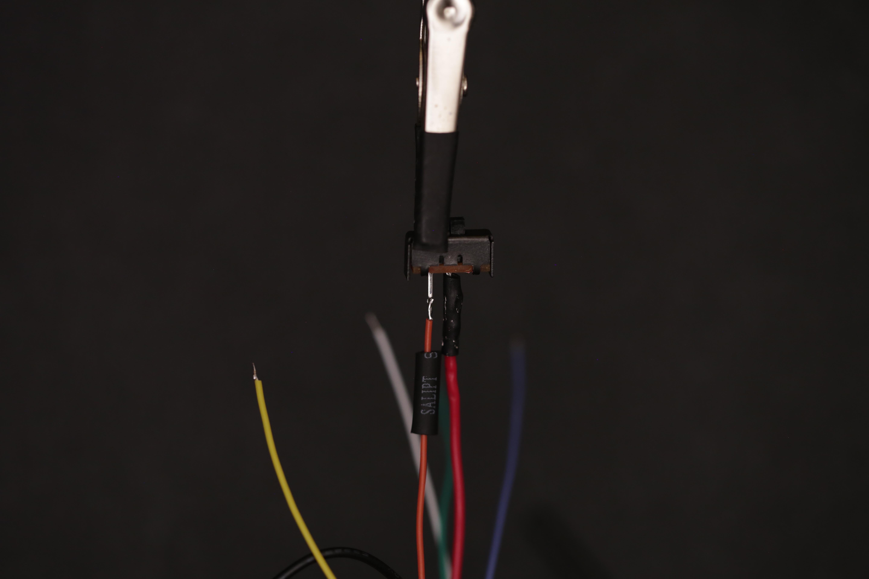 leds_solder_sec_red_bat_wire_switch.jpg
