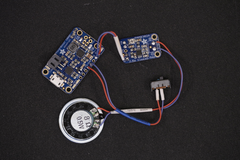 raspberry_pi_powerboost_amp_speaker_switch.jpg