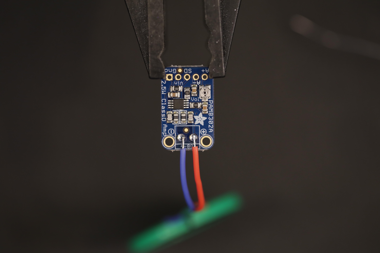 raspberry_pi_amp_speaker_soldered.jpg