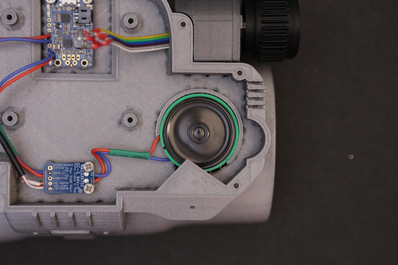 raspberry_pi_speaker_mounted.jpg