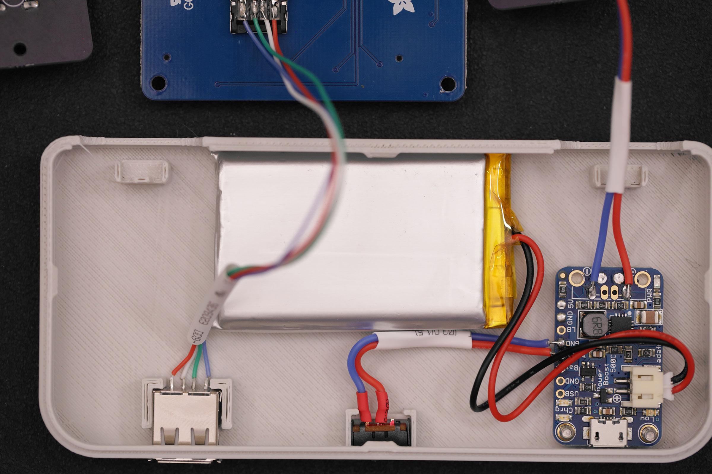raspberry_pi_install-battery-case.jpg