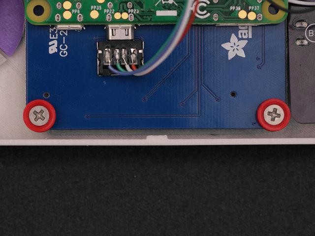 raspberry_pi_fasten-screws-pitft-case.jpg