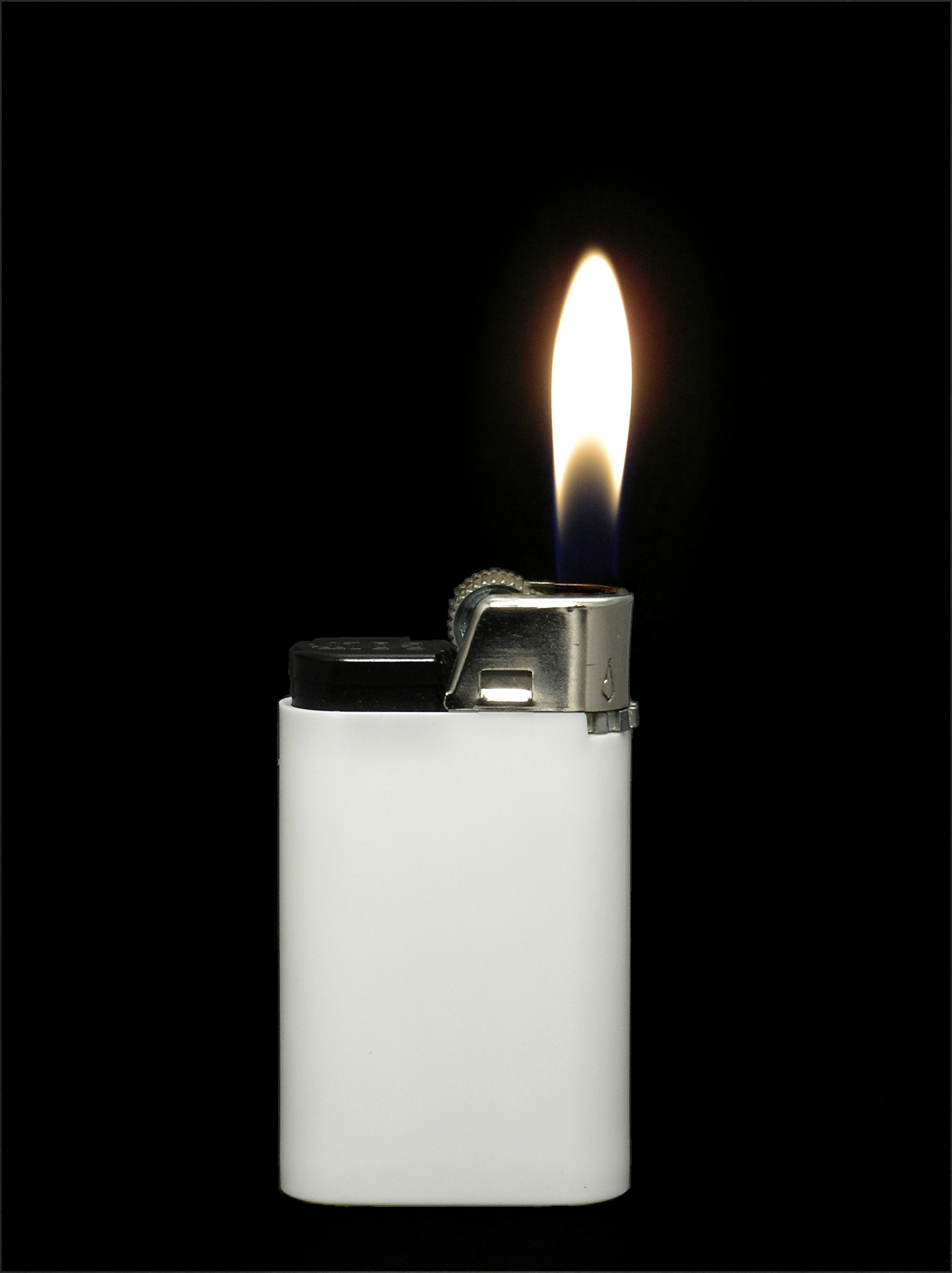 led_matrix_White_lighter_with_flame.jpg