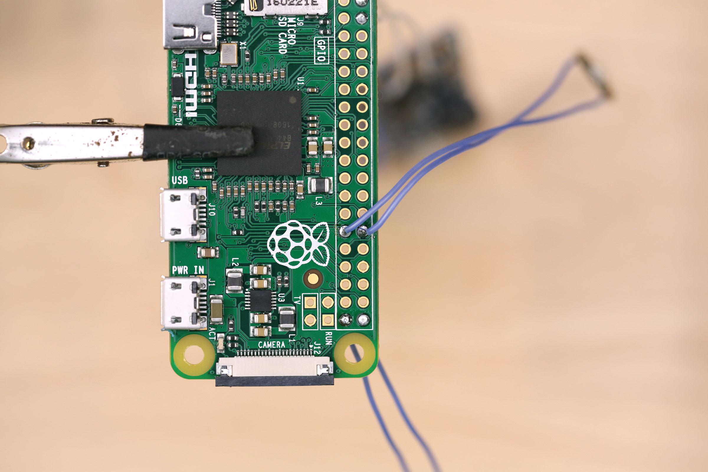 camera_LED-wired-pi.jpg