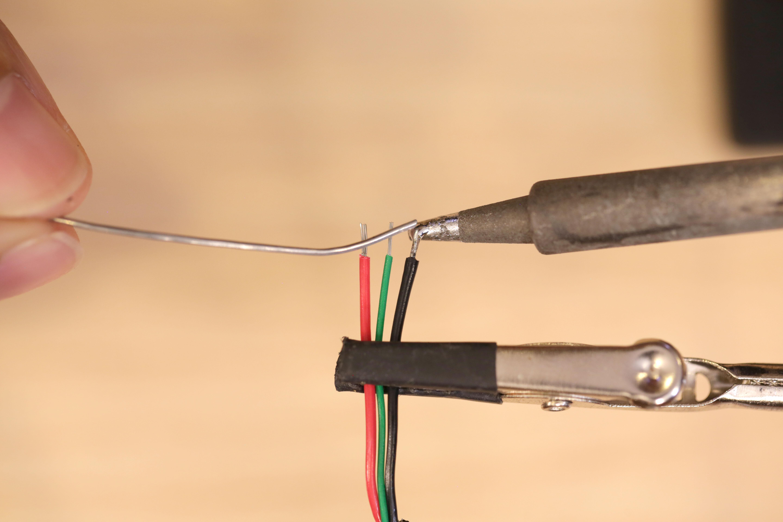 leds_usb-cable-tin.jpg