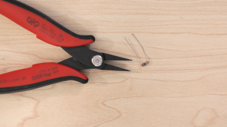 leds_resistor-bend.jpg
