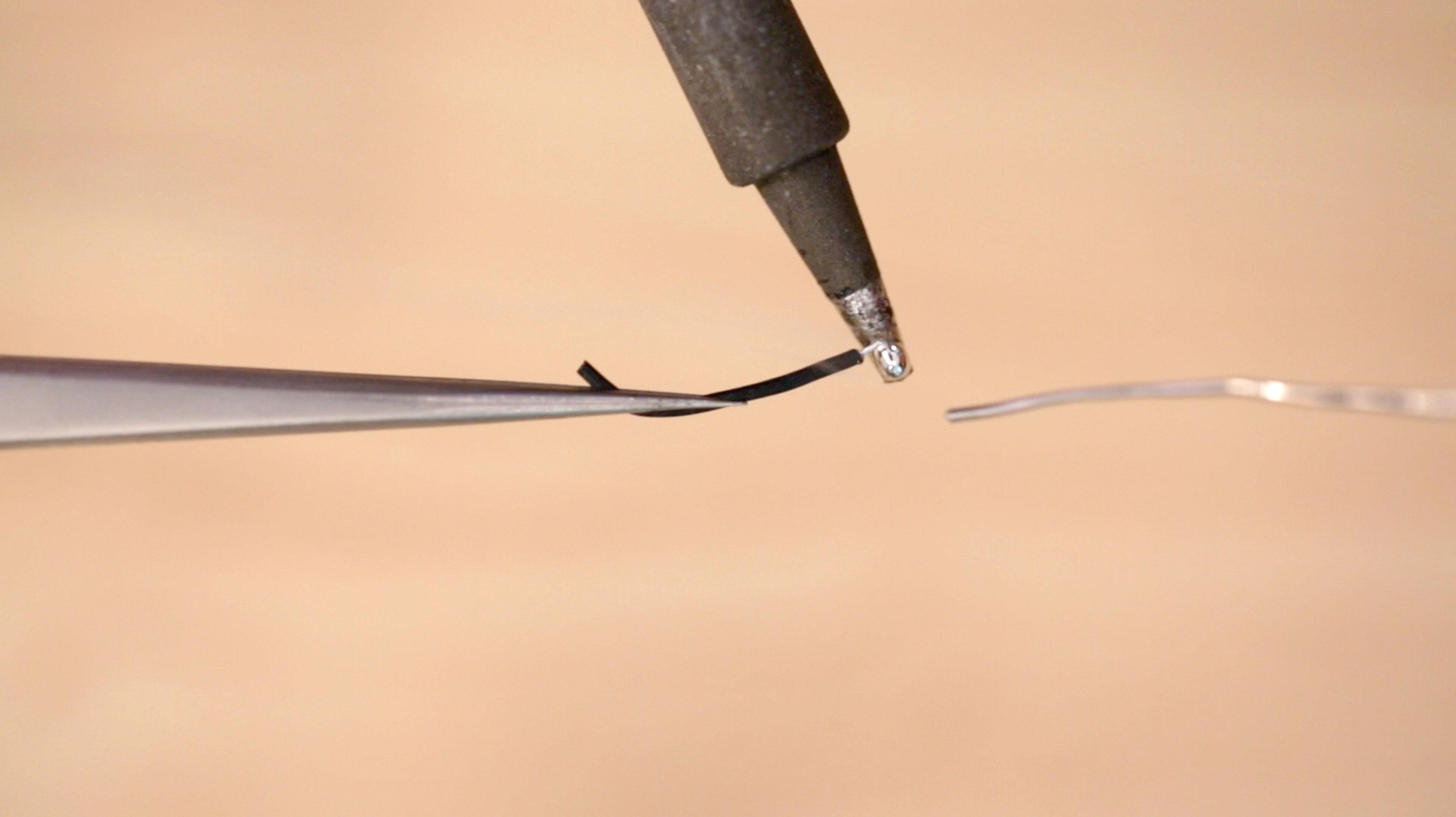 leds_tin-wires.jpg