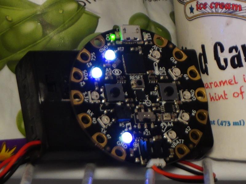 circuit_playground_simple_F2.jpg