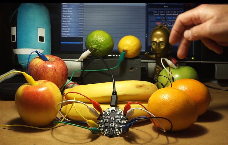 circuit_playground_fruit_banner.jpg