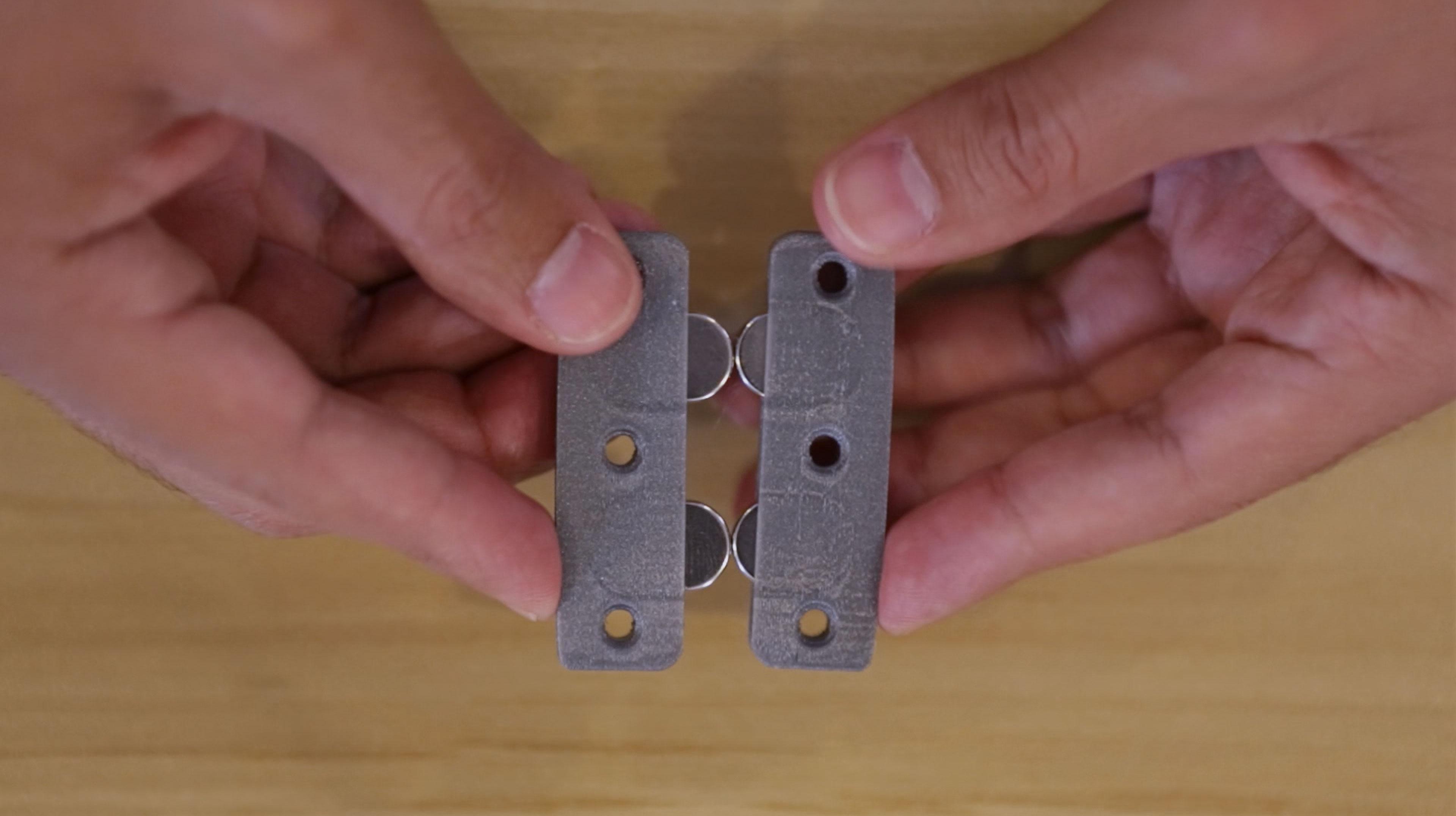 3d_printing_03-align-opposite-magnetsB.jpg