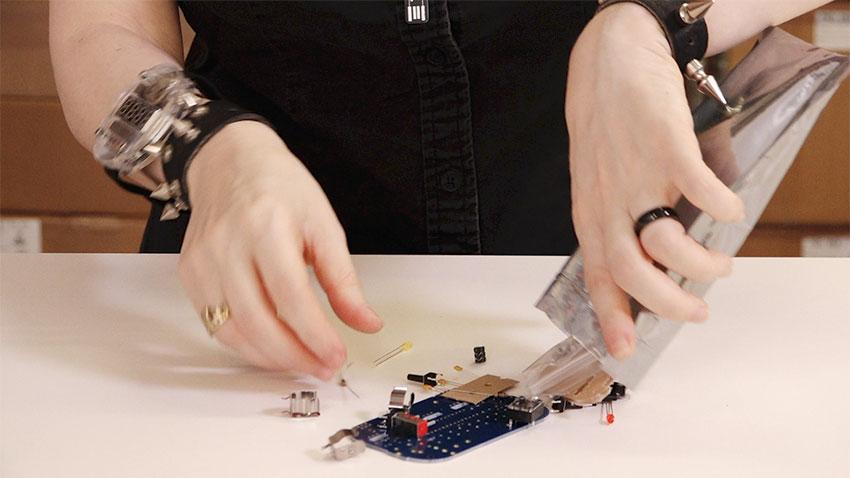 circuit_playground_Circuit-Playground---K-is-for-Kits20.jpg