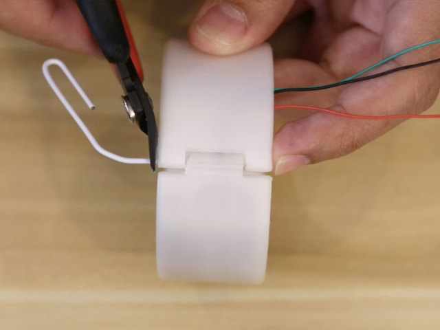 led_strips_led-strip-hinge-clip.jpg