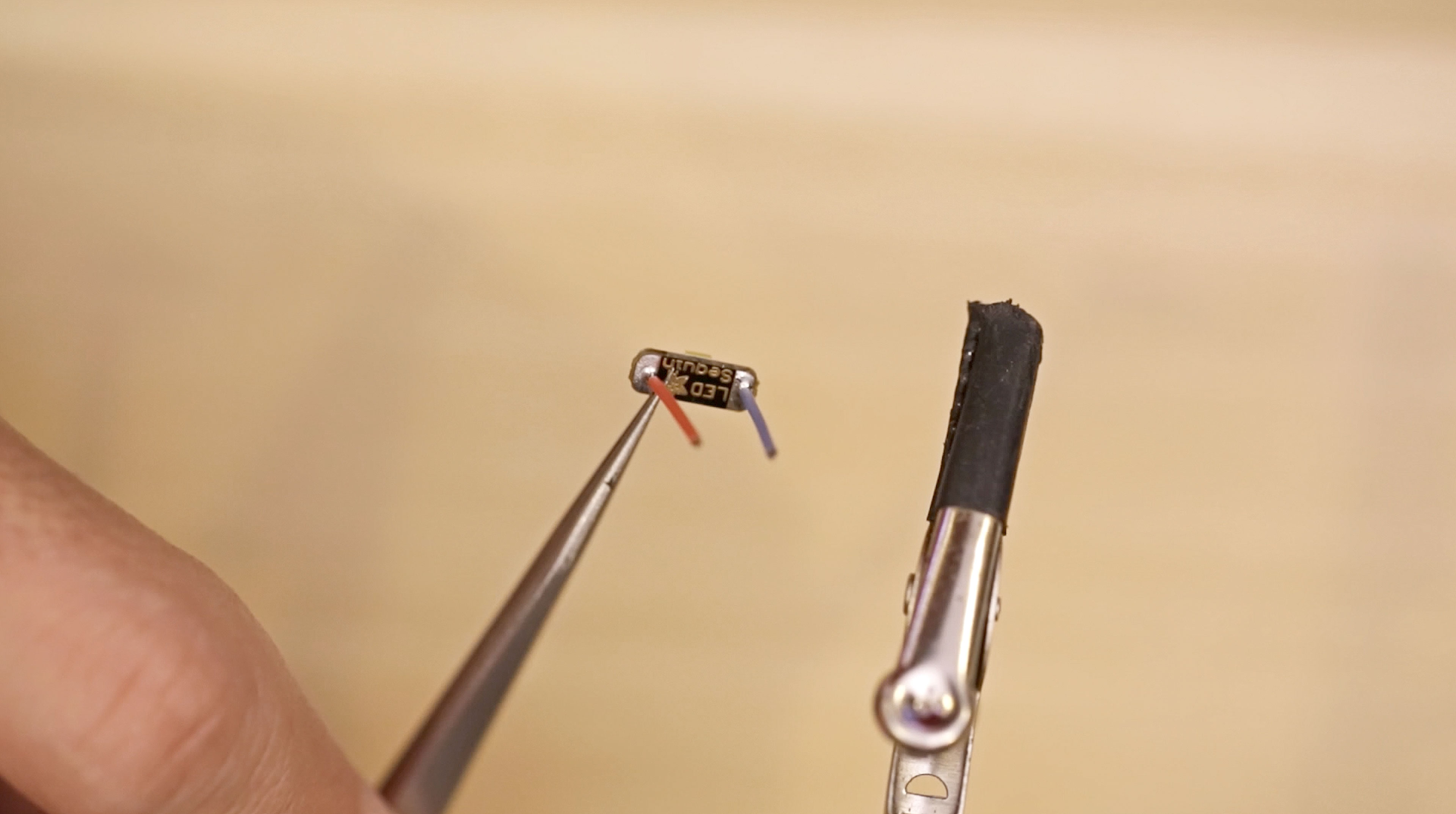 3d_printing_led-wire-soldered.jpg