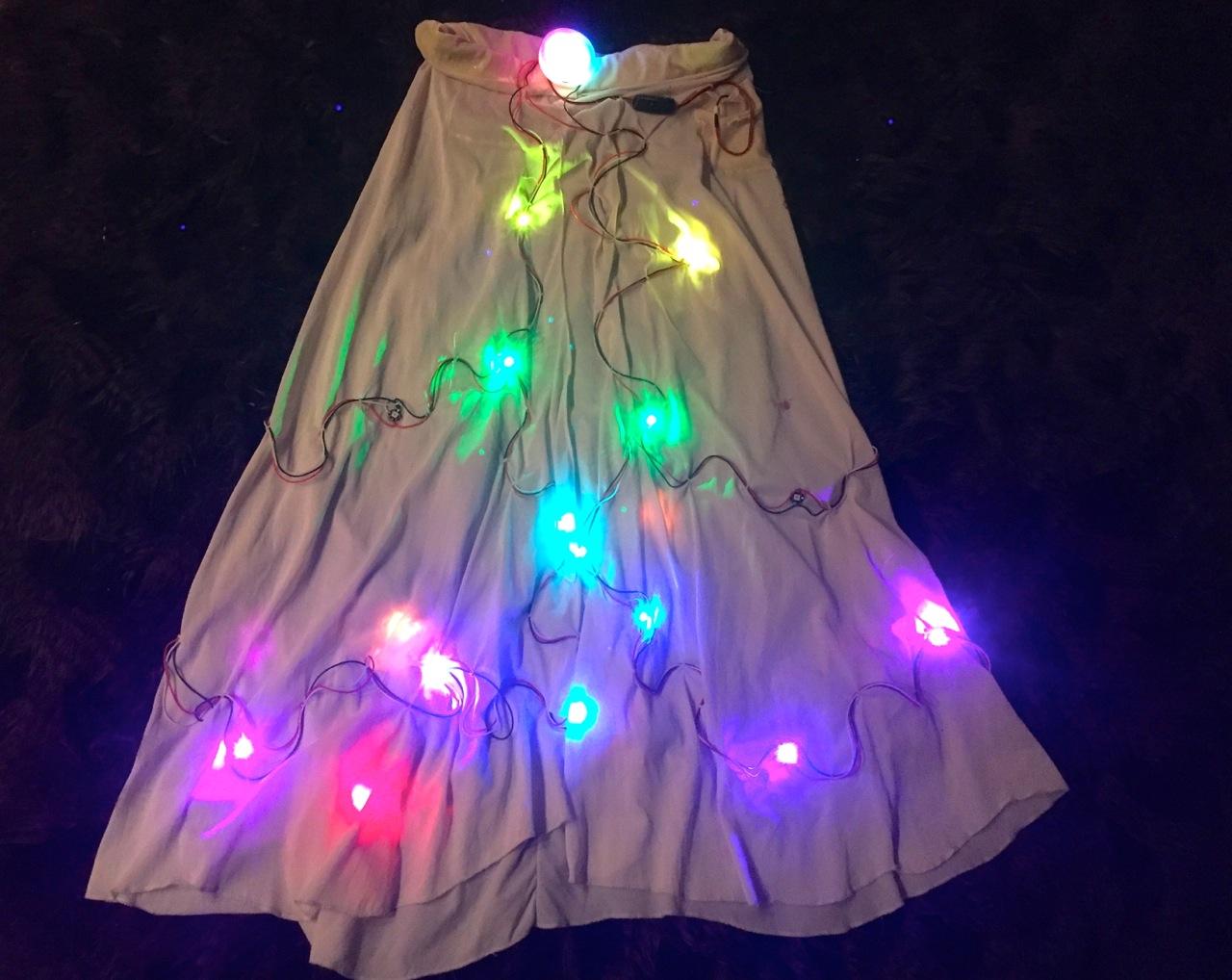 led_pixels_sparkle_skirt_naked.jpg