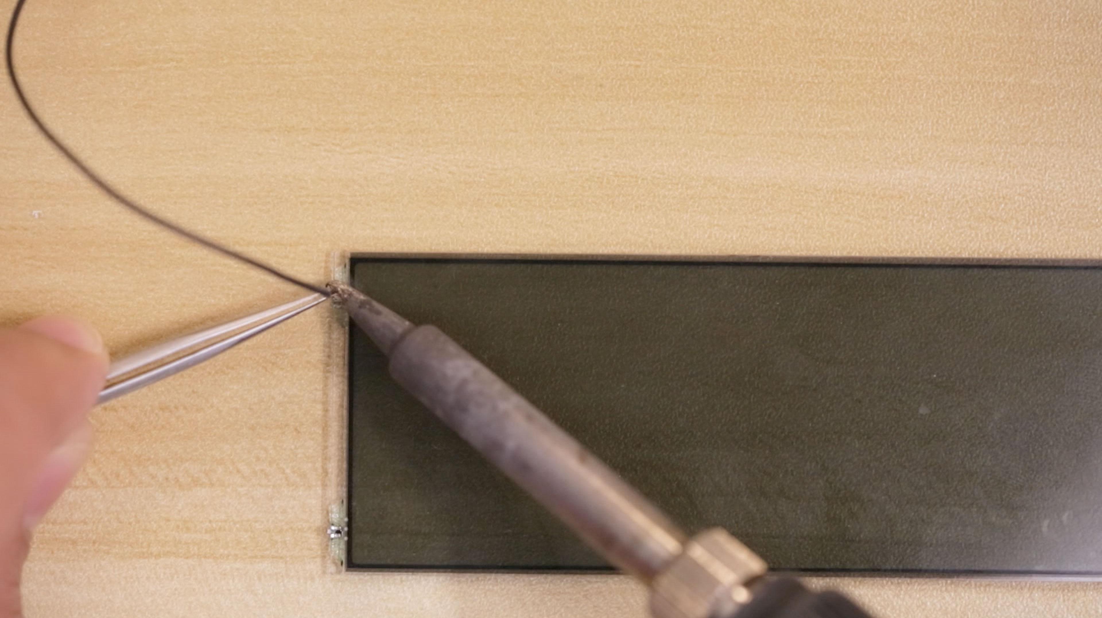 lcds___displays_lcd-pin-solder.jpg